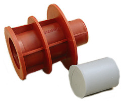 Attachment for framework pipe 22/26 set with a cap